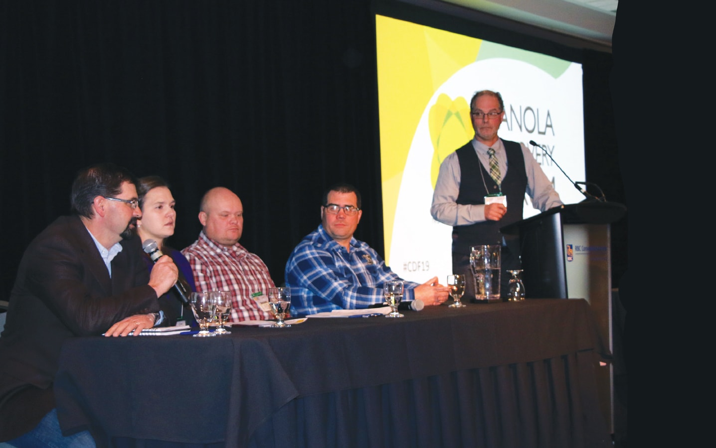 Canola Discovery Forum panelists